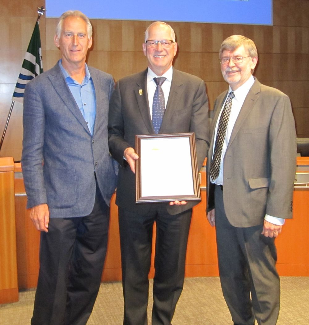 Mayor Jack Froese, centre, flanked by the Partnership for Water Sustainability's Ted van der Gulik (L) and Kim Stephens (R)