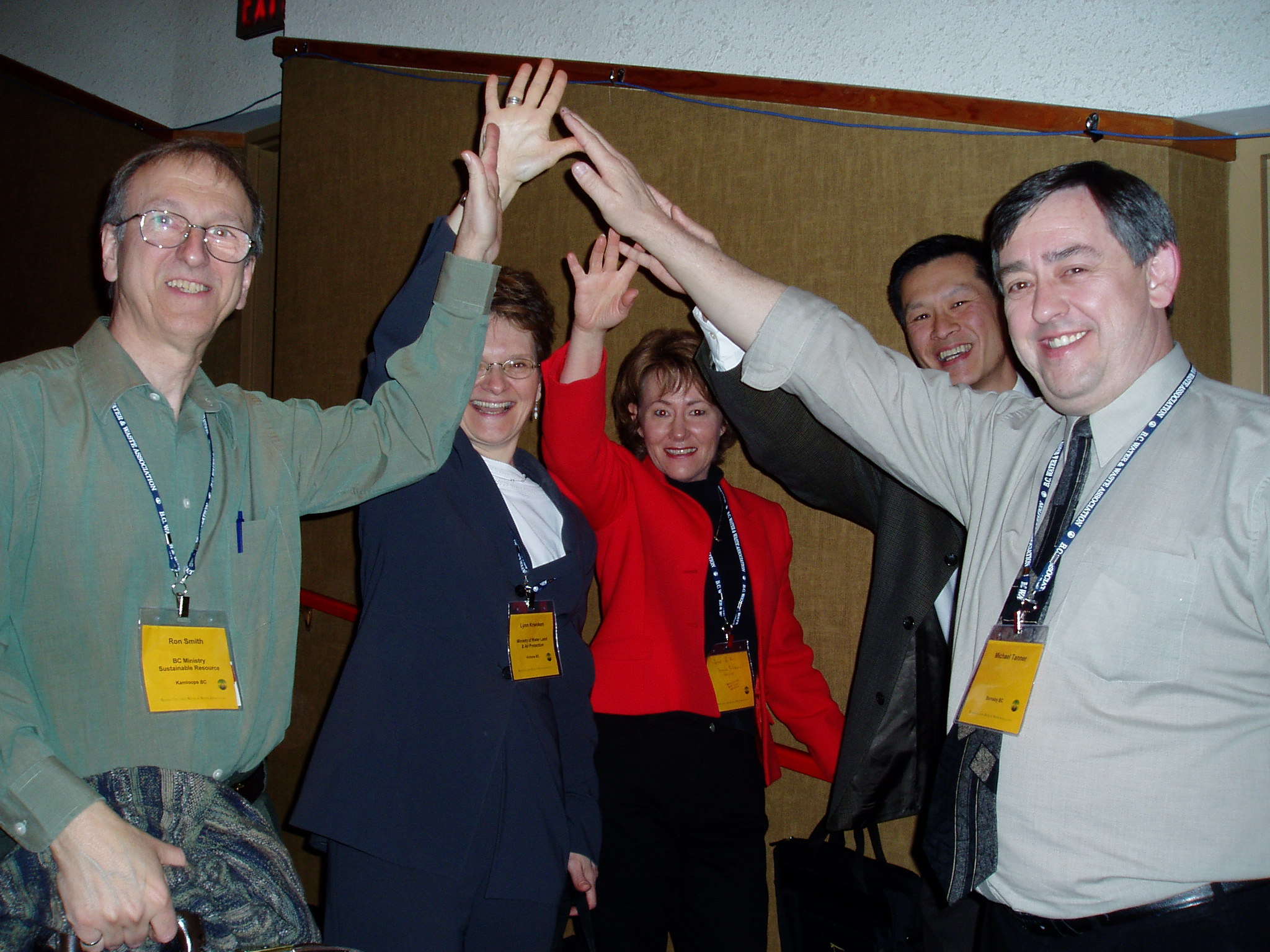 Members of the waterbucket.ca team celebrate the formal launch in Penticton in April 2005. From L to R: Ron Smith, Lynn Kriwoken, Joanne de Vries, Ray Fung and Mike Tanner.