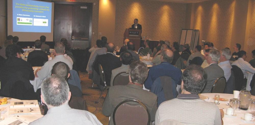 2007_Beyond-Guidebook-Seminar_group scene_1000p